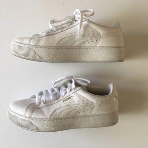 Puma Platform white sneakers, size 9.5